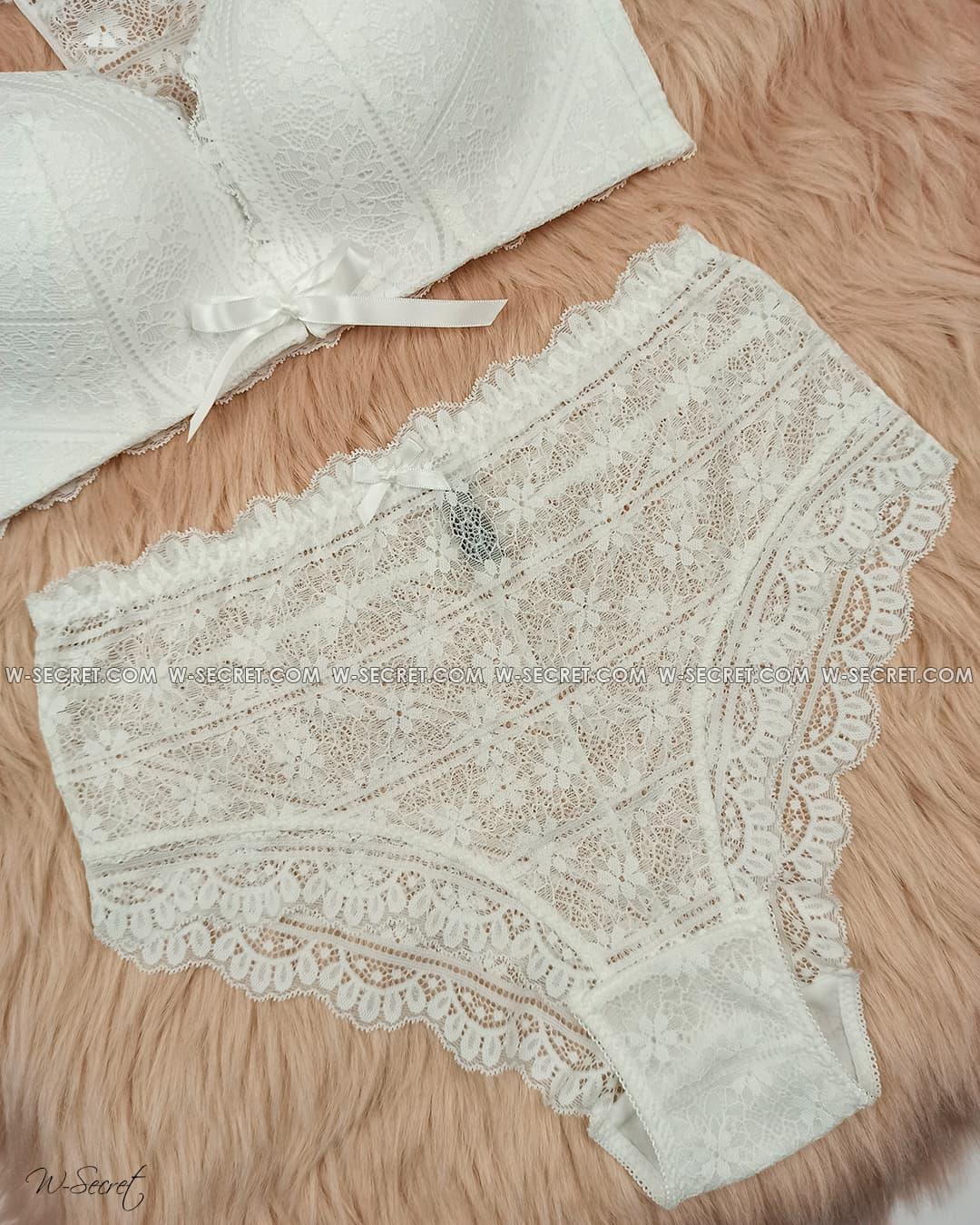 Weiyesi 8131 C Белый комплект нижнего белья